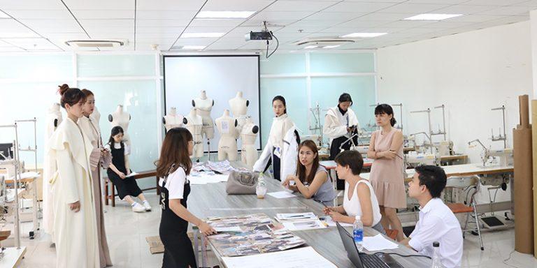học thiết kế thời trang có khó không