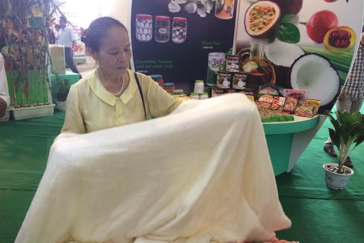 Bà chủ những cô tằm thợ dệt ở Phùng Xá - Mỹ Đức - Hà Nội