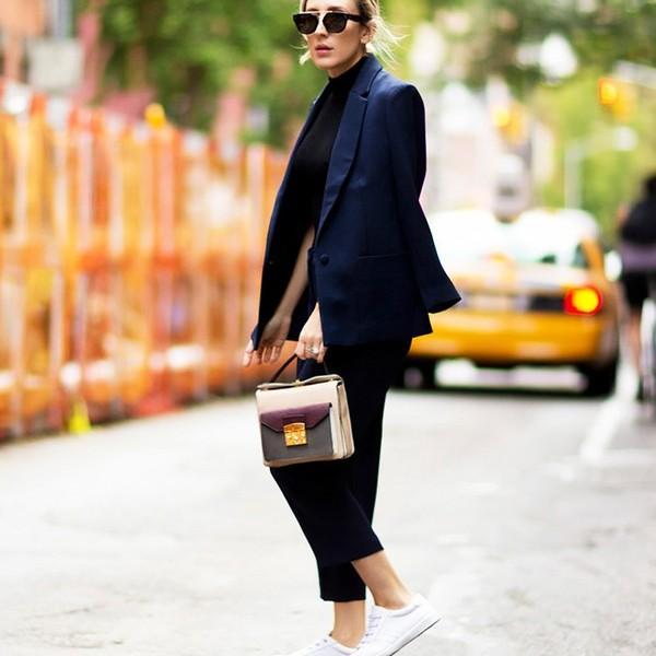 4 kiểu áo blazer đen giúp bạn