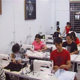 Cơ hội nghề cắt may thời trang