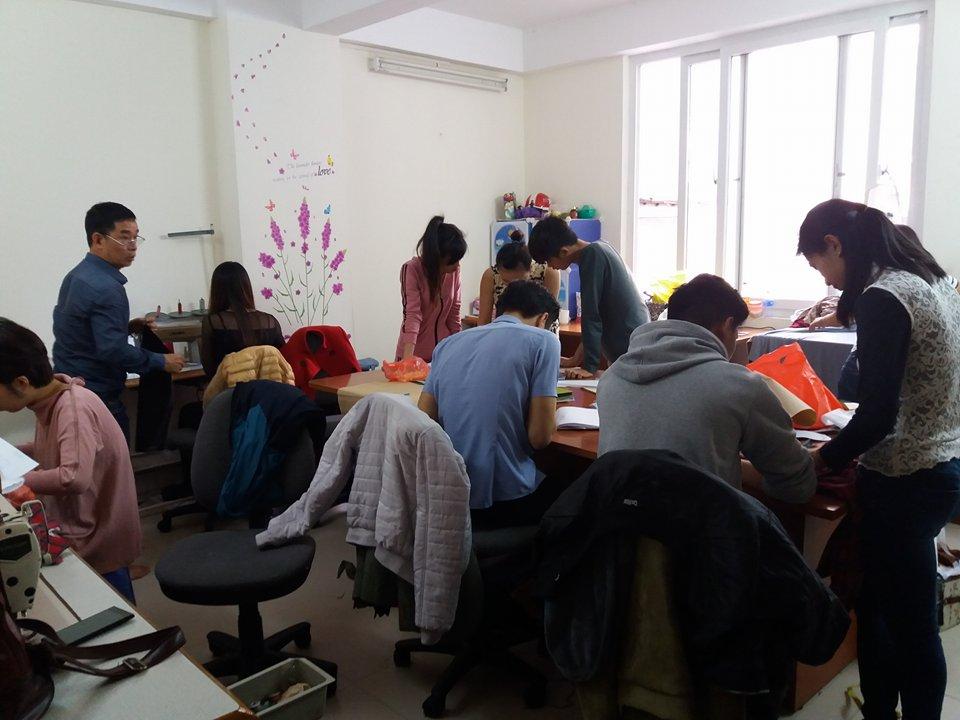Trường trung cấp may và thiết kế thời trang tại Hà Nội