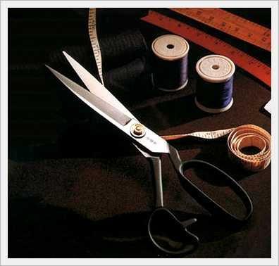 Dụng cụ cần thiết để học cắt may gia đình